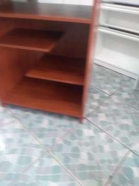 Necesito carpintero con experiencia en madera y melaminico