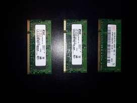 Memorias DDR2 de 1GB $ 600 c/u