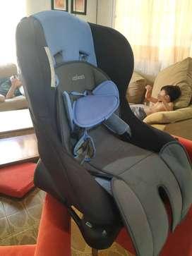 Silla de bebé  para el auto