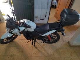 moto CB125F 6.000.000 negociables con baúl