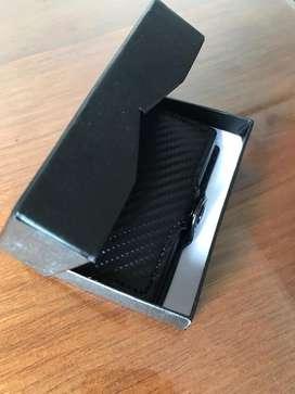 Billetera porta tarjetas