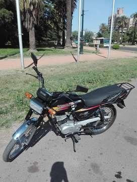 vendo hermosa Suzuki AX 100
