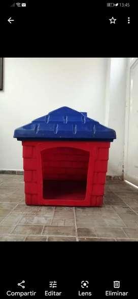 Casa plastica para perro Grande