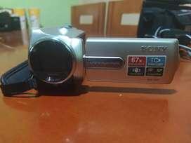 Vendo filmadora HD sony