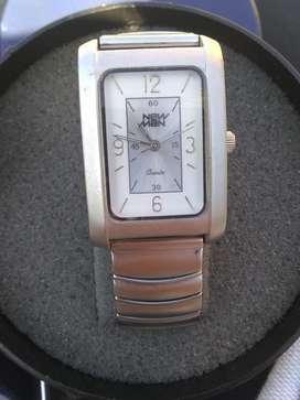 Relojes en muy buen estado
