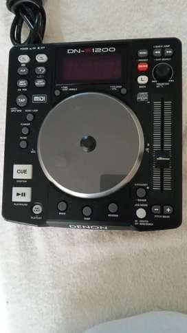 Se vende 3 DJ. DENON DN-S1200. Leer la descripción.