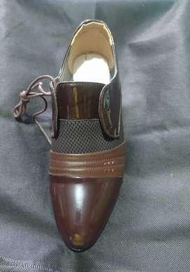 Vendo hermoso zapato en charol café