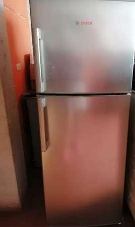 Vendo Refrigeradora Bosh, estado 9/10(por uso)