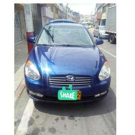 Vendo lindo Hyundai Accent optimas condiciones mecanicamente y esteticamente 10/10