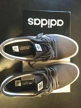 Zapatillas adidas originales usadas