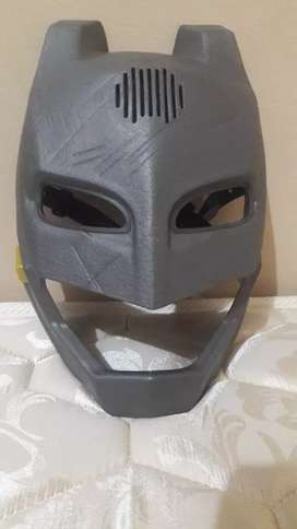 Vendo máscara de Batman