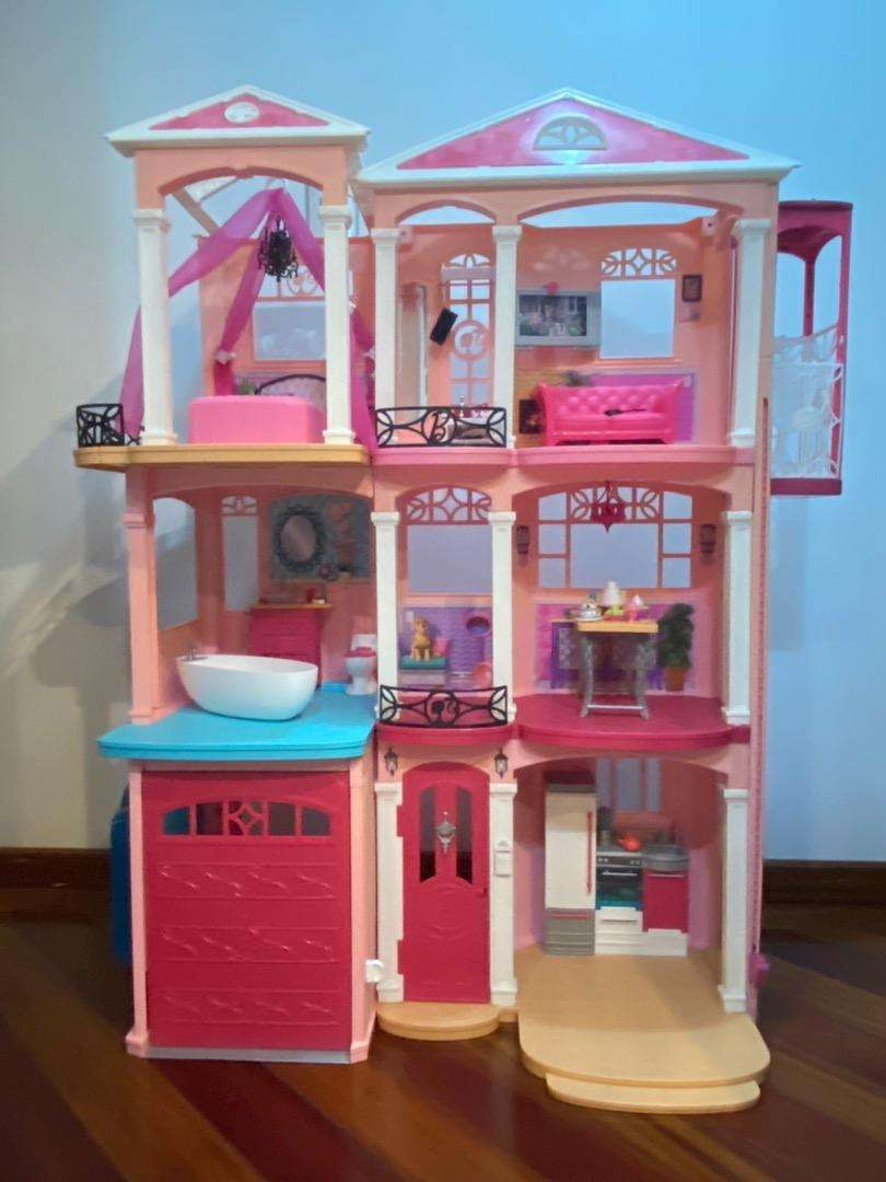 Casa de lujo de barbie
