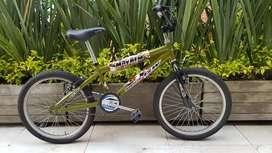 Bicicleta BMX marca GW rin 20