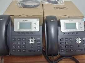 Teléfonos Yealink IP SIP t21p con fuente, Seminuevos a 70 Soles