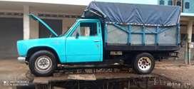 se vende por nescida un camioneta