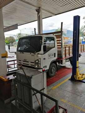 Se vende camión npr en excelente estado nunca chocado para carga