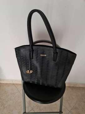 Vendo bolsos marca VÉLEZ y BOSI