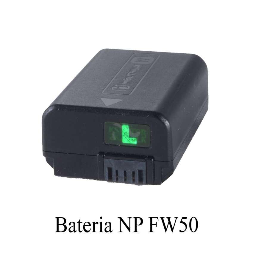 Bateria Para Sony Np Fw50 Para A6000 A6300 A6500 A7