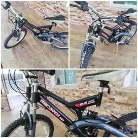Se vende bicicleta montañera de rin 20
