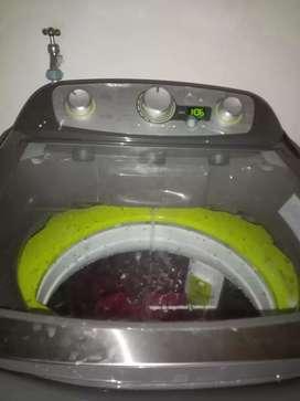 Lavadora hace
