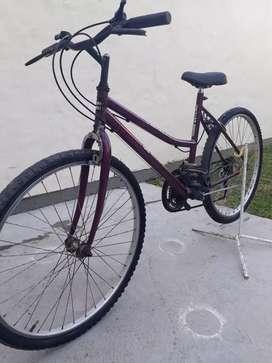 Vendo bici usada de mujer funciona todo