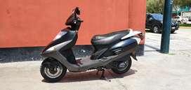 Vendo mi moto Honda Elite 125.