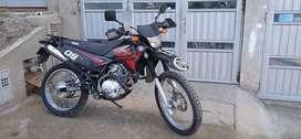XTZ 125 Yamaha color negro