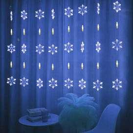 Cortina Navideña de Luces Led Copos de Nieve Color Cálida con Blanco 2,5m