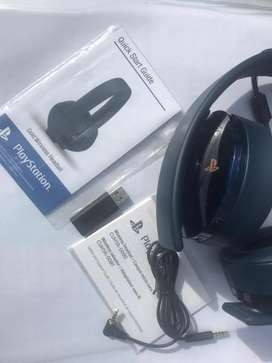 Playstation Gold wireless headset Sony