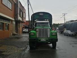 Vendo camión internacional linea HI