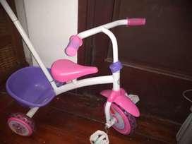 Vendo triciclo nena