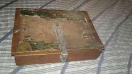 Caja Antigüa