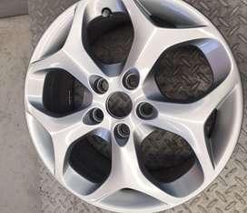 Llanta 16 ford focus ghia titanium  original