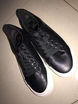 Zapatos negros Bershka nuevos
