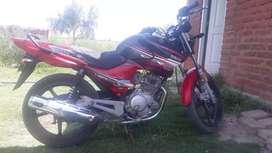 Vendo Yamaha 125 full