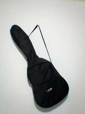 Vendo Guitarra acústica clásica económica