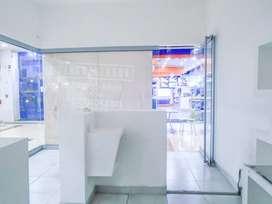 Local Comercial en Arriendo Medellin Estacion Universidad. Cod PR 9115