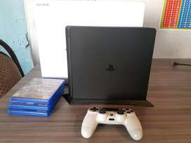 VENDO PS4 SLIM