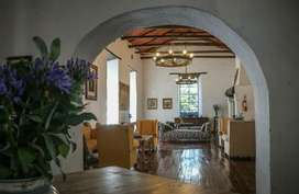 Renta - Alquiler linda casa comercial - Isabel La Catolica - Floresta