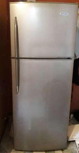 Se vender refrigeradora marcas innovo.