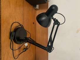 Lámpara de escritorio o tablero. SÓLO VENTA NO PERMUTO