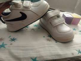 Nike Originales Talla 21-22
