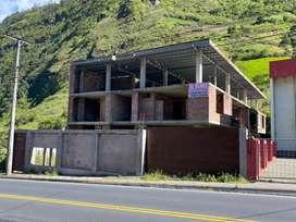 Propiedad en construccion departamentos en Baños de Agua Santa