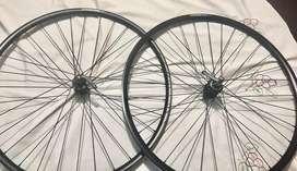 Aros MAVIC XC 421  aluminios tubeless manzanas XT DEORE  RIN 29