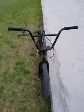 Bici kink bmx