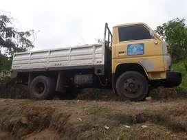 Vendo un camión o cambio con una camioneta doble cabina