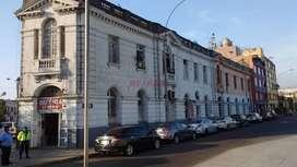 VENTA LOCAL COMERCIAL / TERRENO OPORTUNIDAD PARA INVERTIR, EN LA AVENIDA ALFONSO UGARTE 100% COMERCIAL CERCA AL HOSPITAL