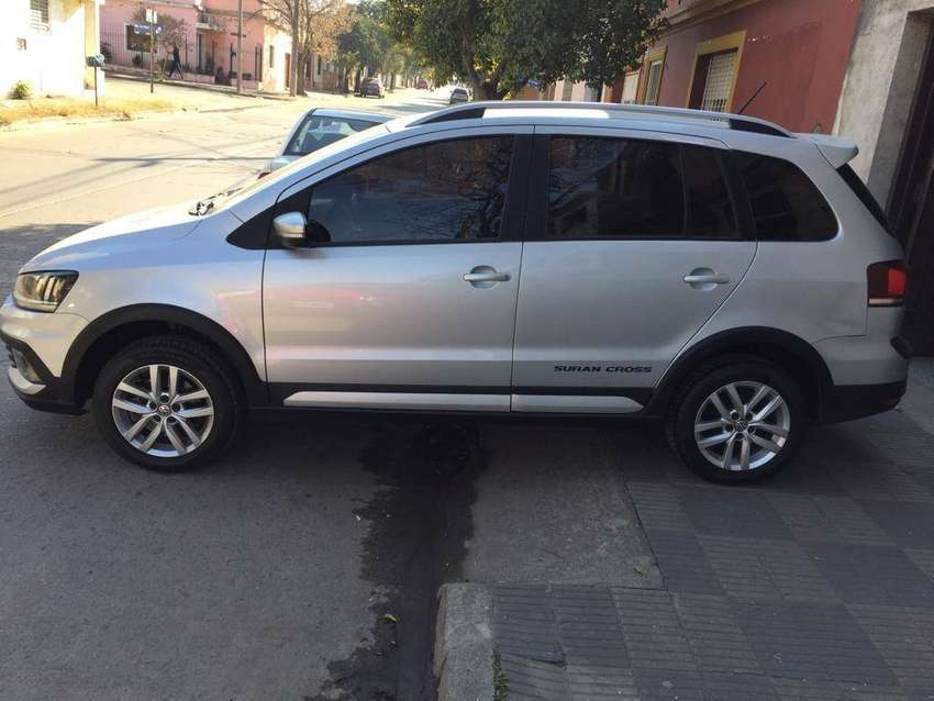 VW SURAN CROSS FULL 2015 0
