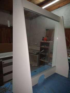 Paneles de protección (mostrador-escritorio).