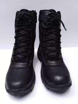Botas militar color negra